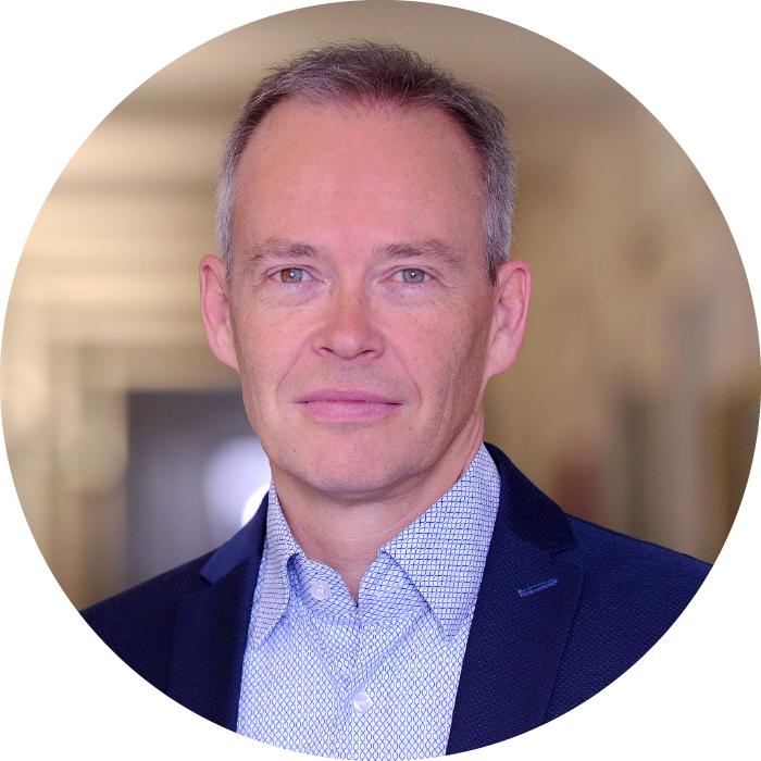 Dr. Stefan Brink